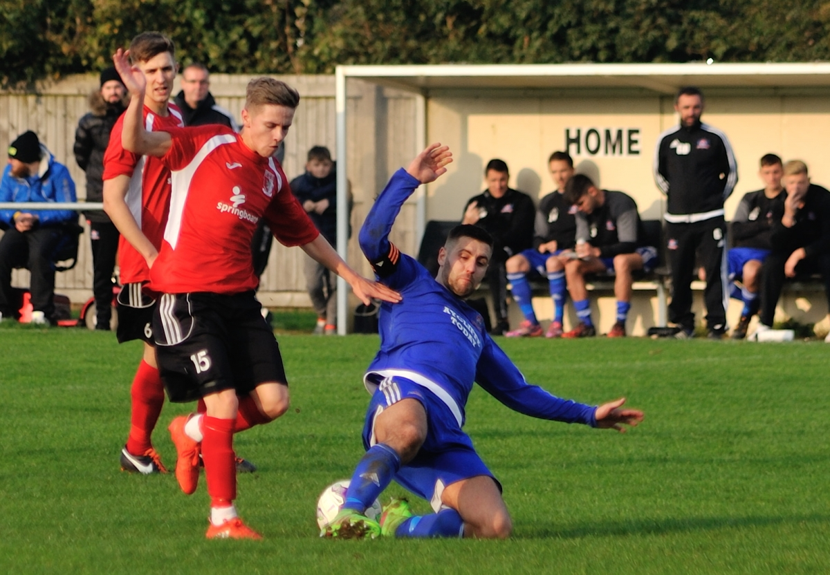 Kieran Graham in action during the second half of the match against Newton Aycliffe: Photograph by Simon Mears.